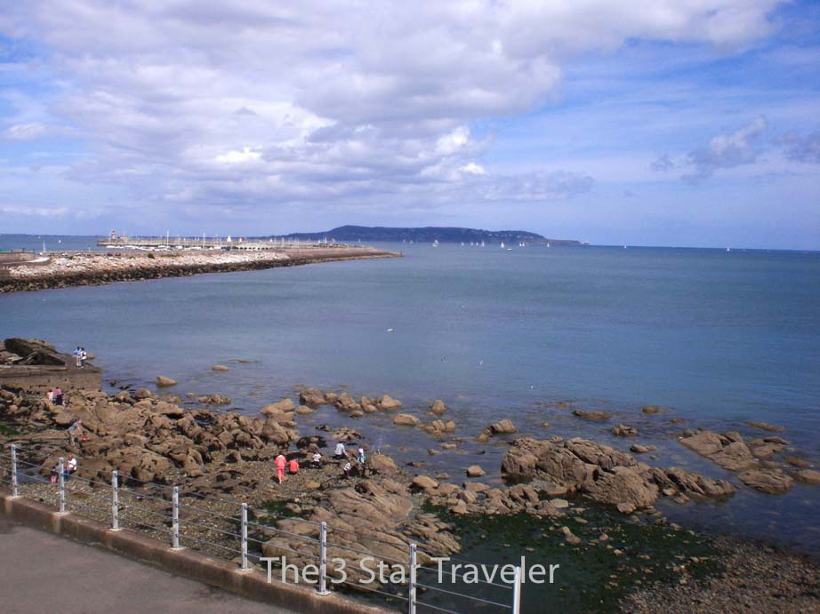 Coast of Dun Laoghaire, Ireland | The 3 Star Traveler