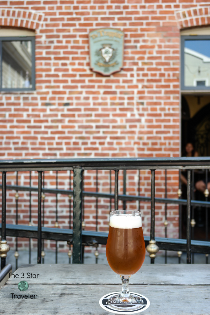 The Trappist Oakland outdoor patio | Favorite Spots Near Oakland Chinatown | The3StarTraveler.com